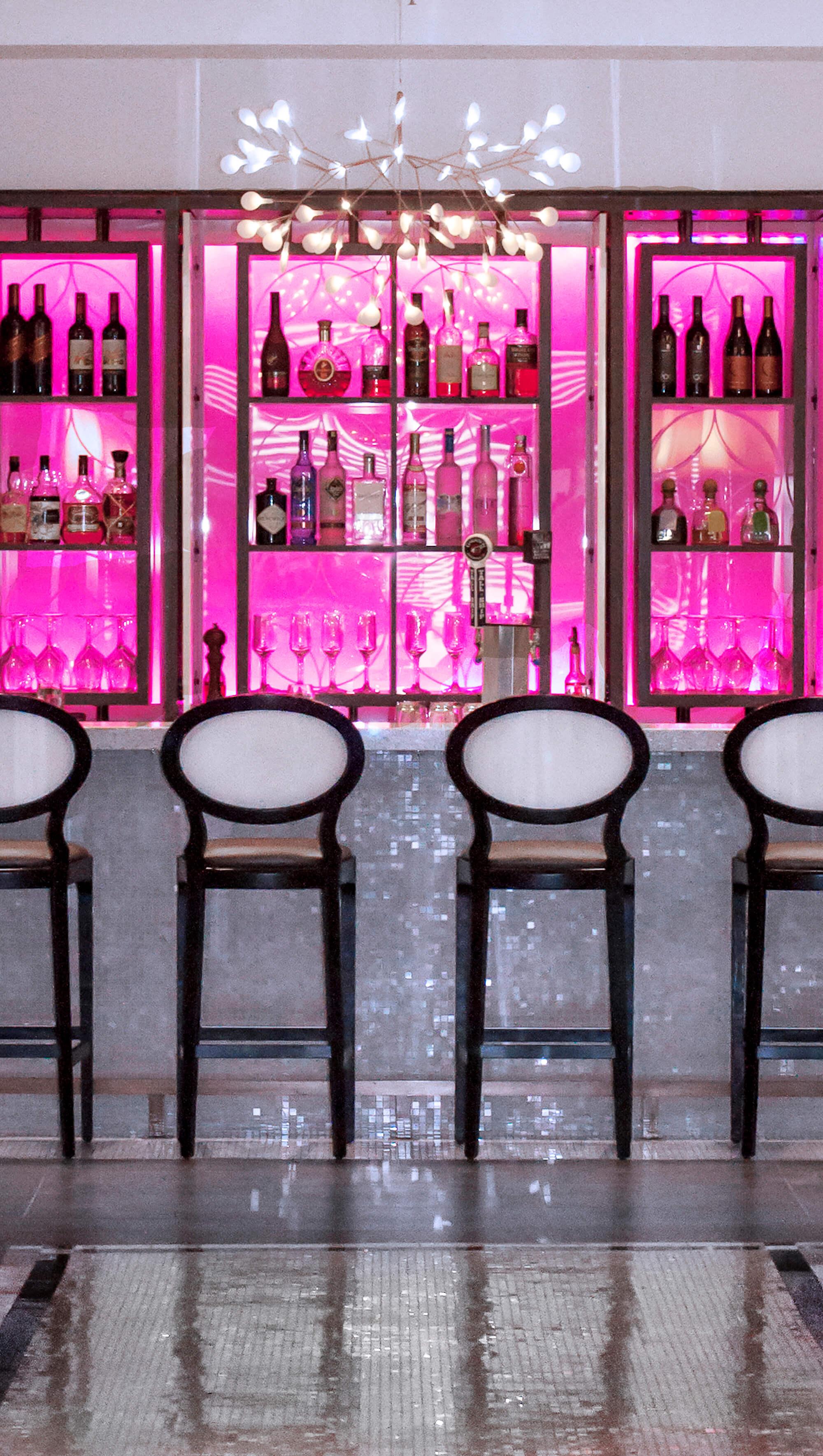 7 PrinceGeorge Lobby bar