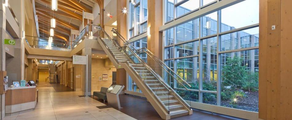 2 Colchester - entrance interior